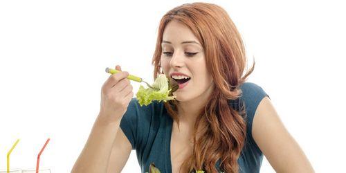 Pelajari Cara Makan Sehat Dengan Peterseli sel kanker dan memperlambat